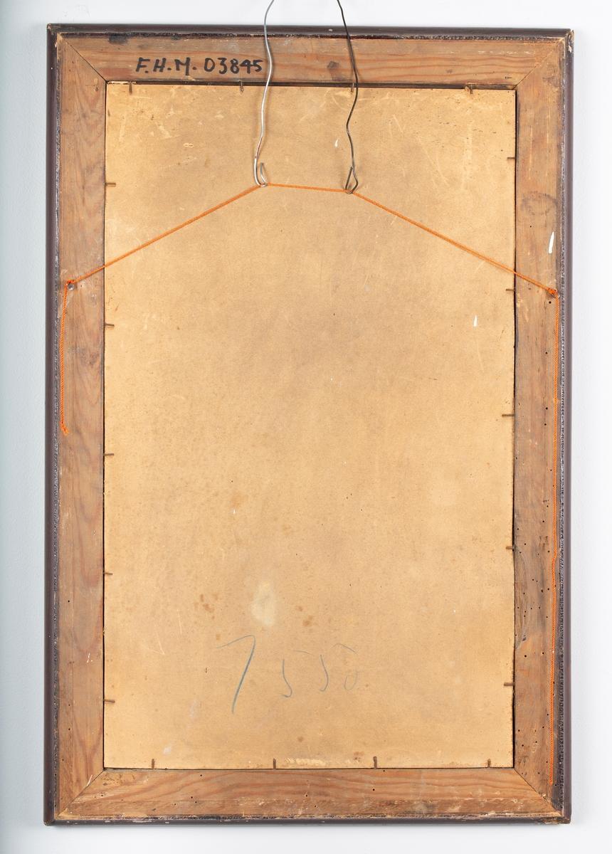 Speil med dekorativ treramme.