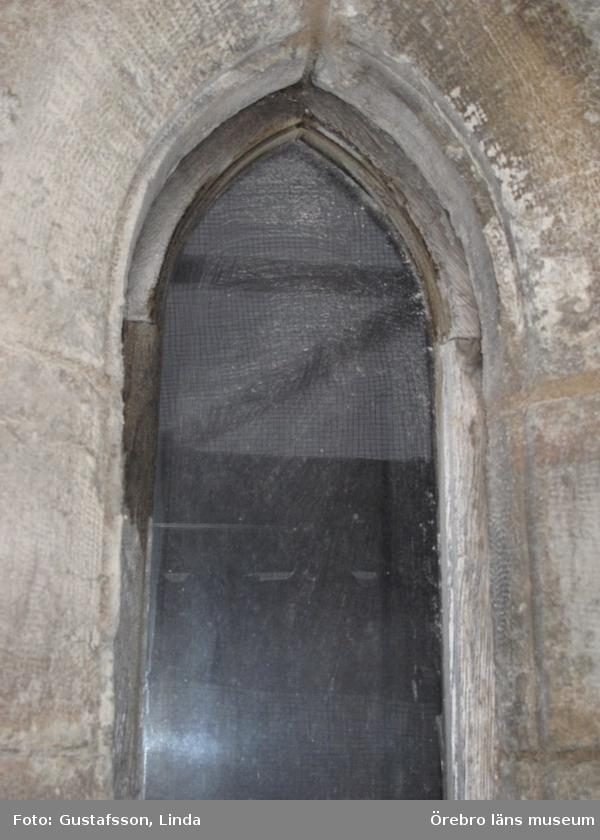 Renoveringsarbeten av tornfasader på Olaus Petri kyrka (Olaus Petri församling).Fönster, västra trapphustornen.Dnr: 2008.230.065