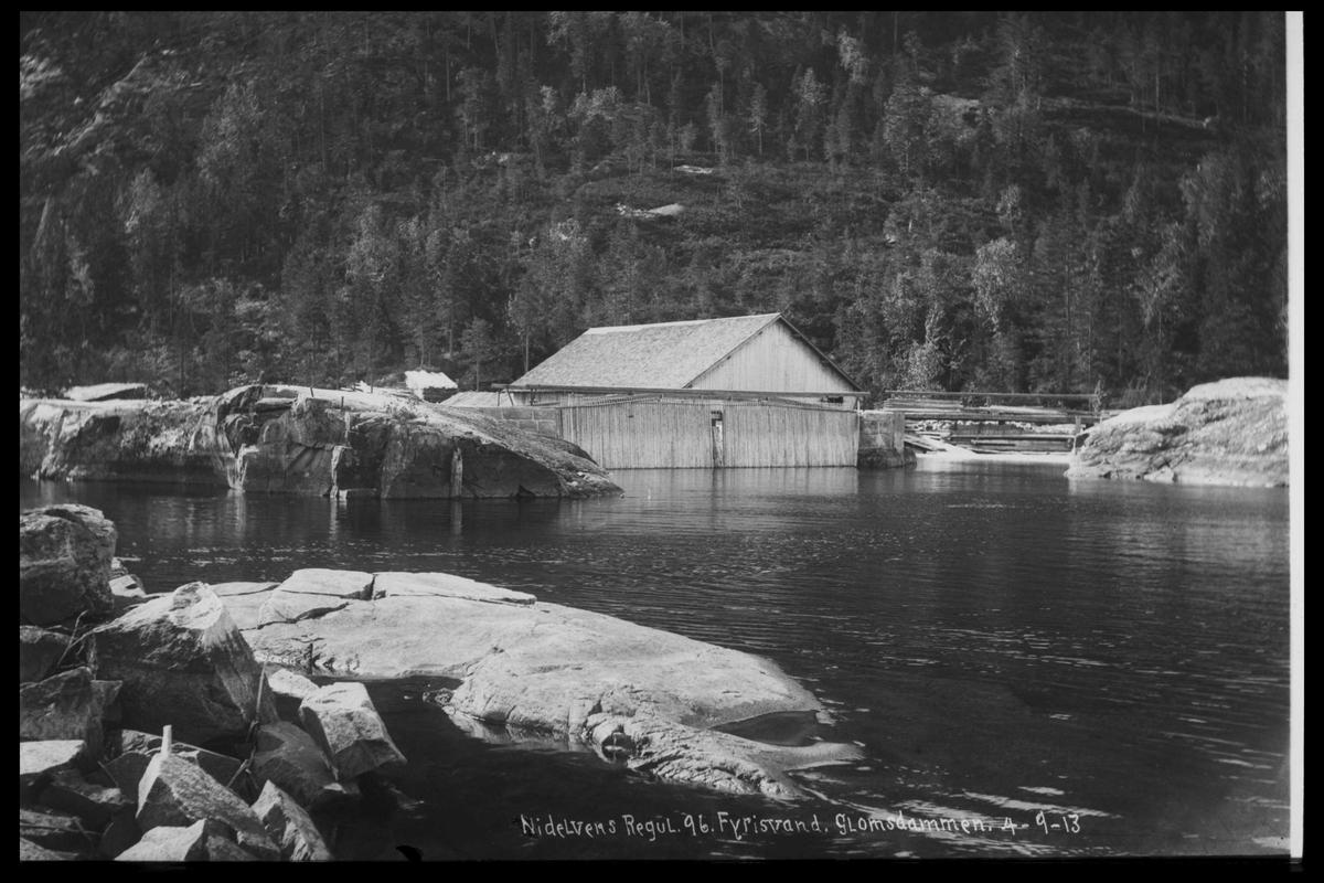 Arendal Fossekompani i begynnelsen av 1900-tallet CD merket 0565, Bilde: 65 Sted: Fyrisvann Beskrivelse: Regulering Glomsdammen