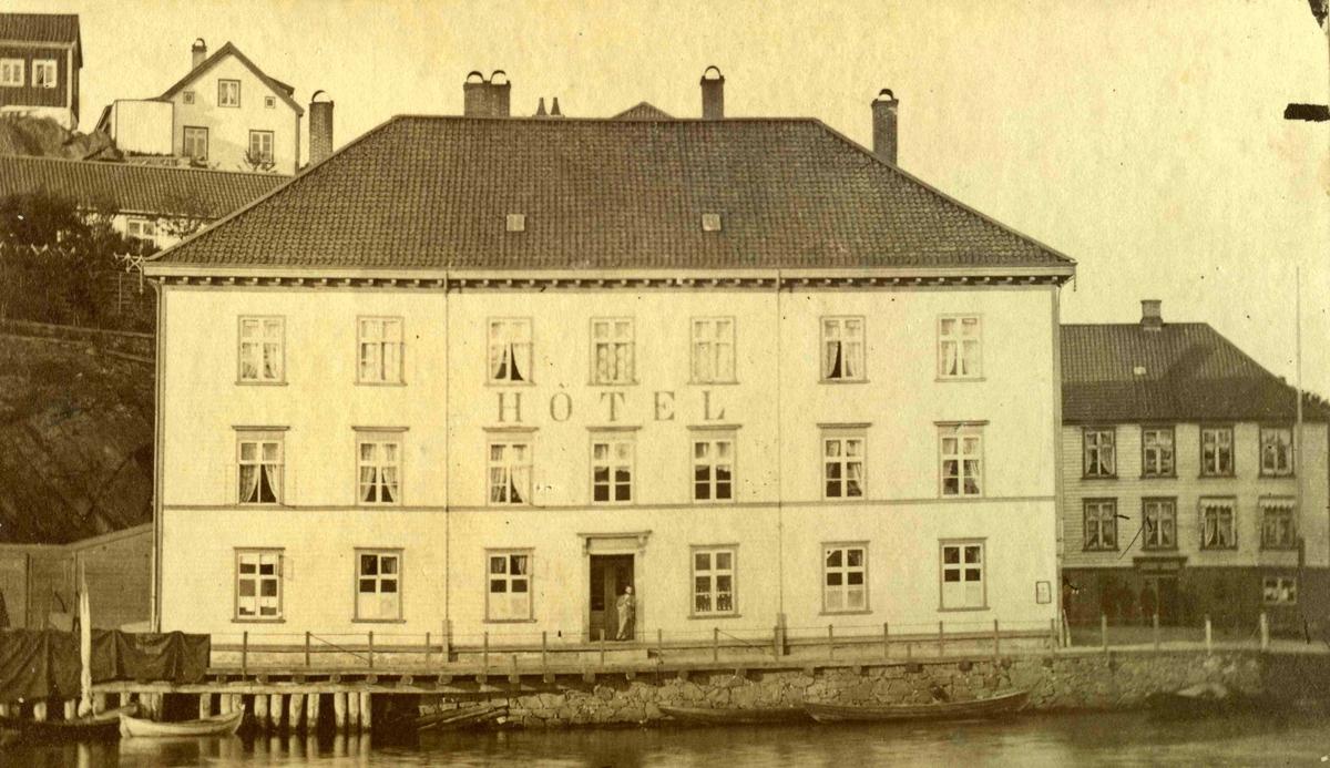 Arendal og omegn - Fra John Ditlef Fürst fotoalbum - Langbryggen  - AAks 44 - 4 - 7 - Bilde nummer 43