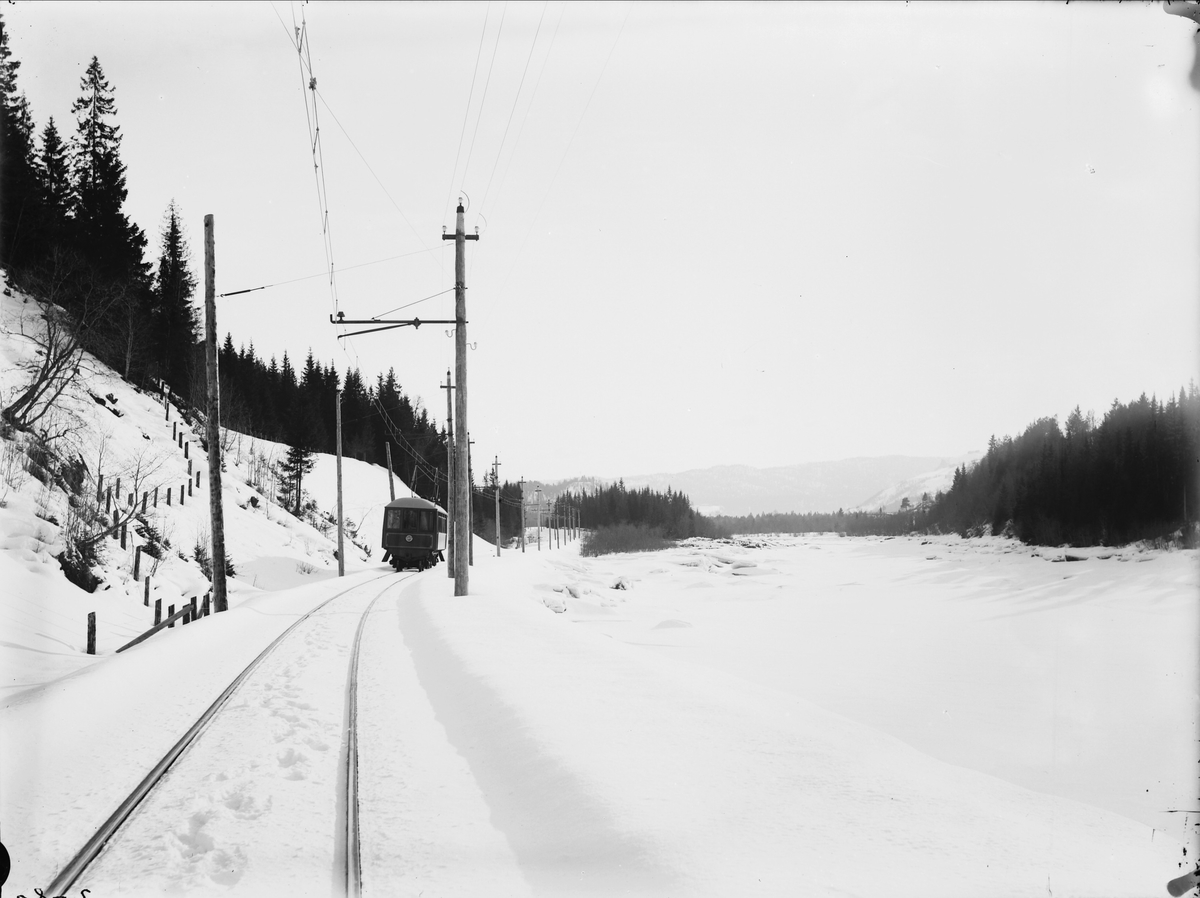 Salongvognen på linjen mellom Fannrem og Solbusøy.