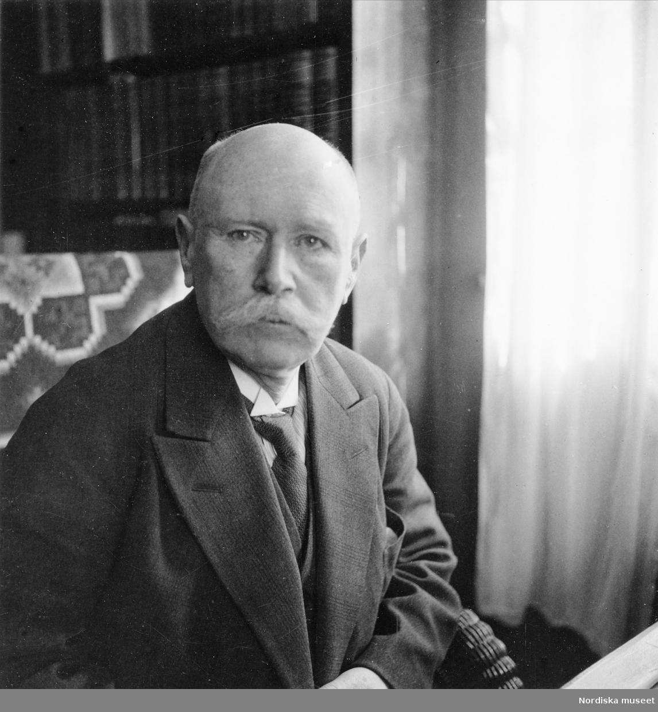 Chef för Skansen naturhistoriska avdelning 1907-1937