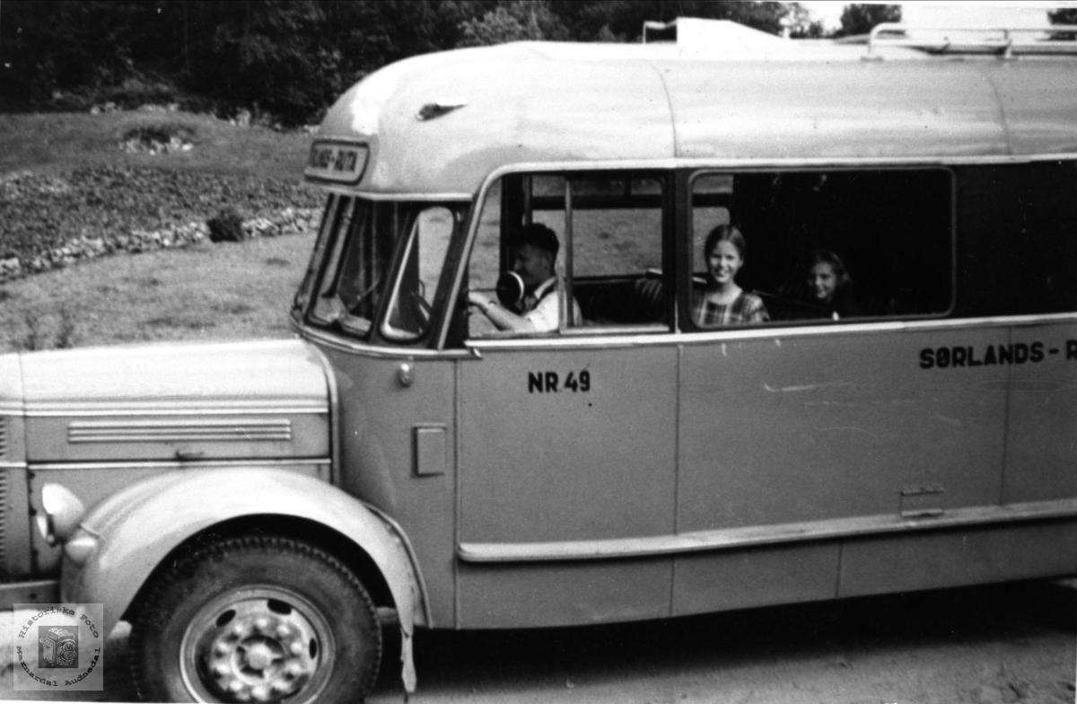 "Gammel buss fra Sørlands Ruta nr 49. Volvo ""rundnese"" årsmodell 1946-53."
