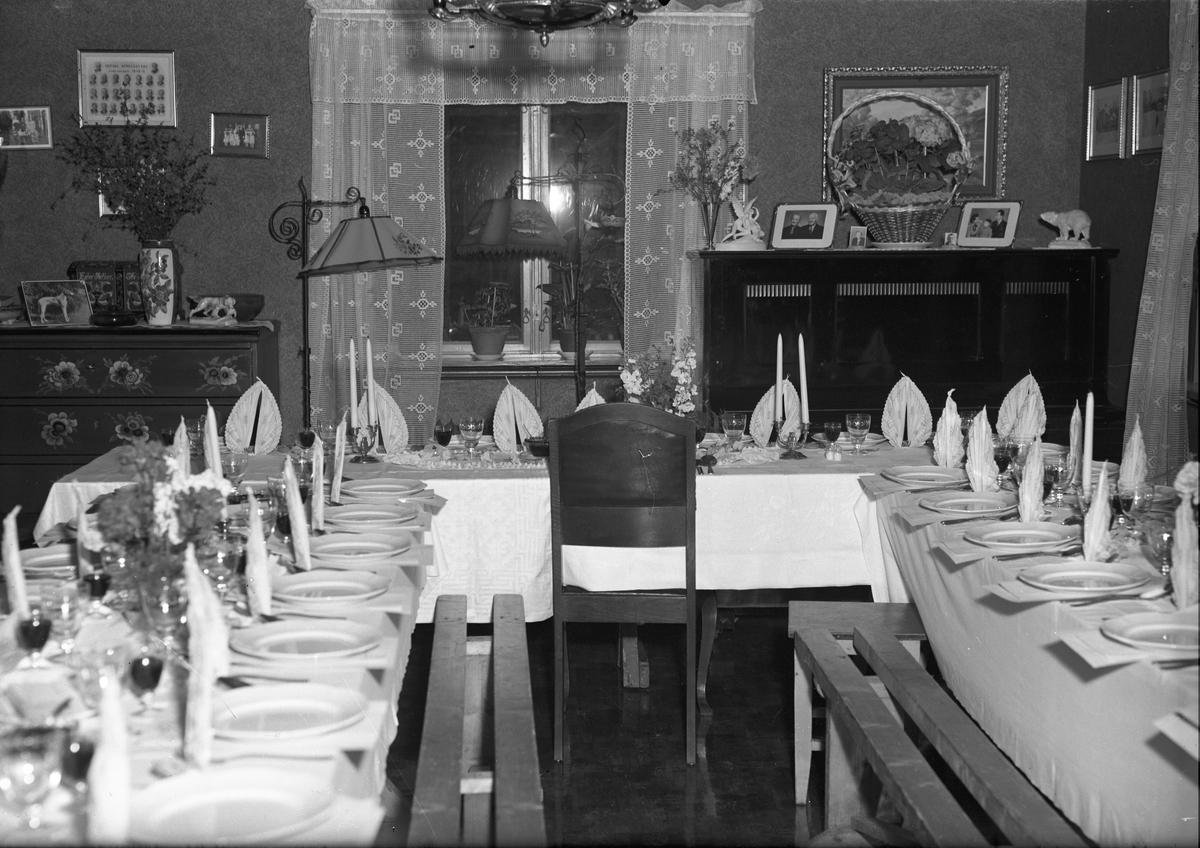 Langset Kirke. 100 års jubileum 18. okt.1959. Dekket til jubileumsmiddag.