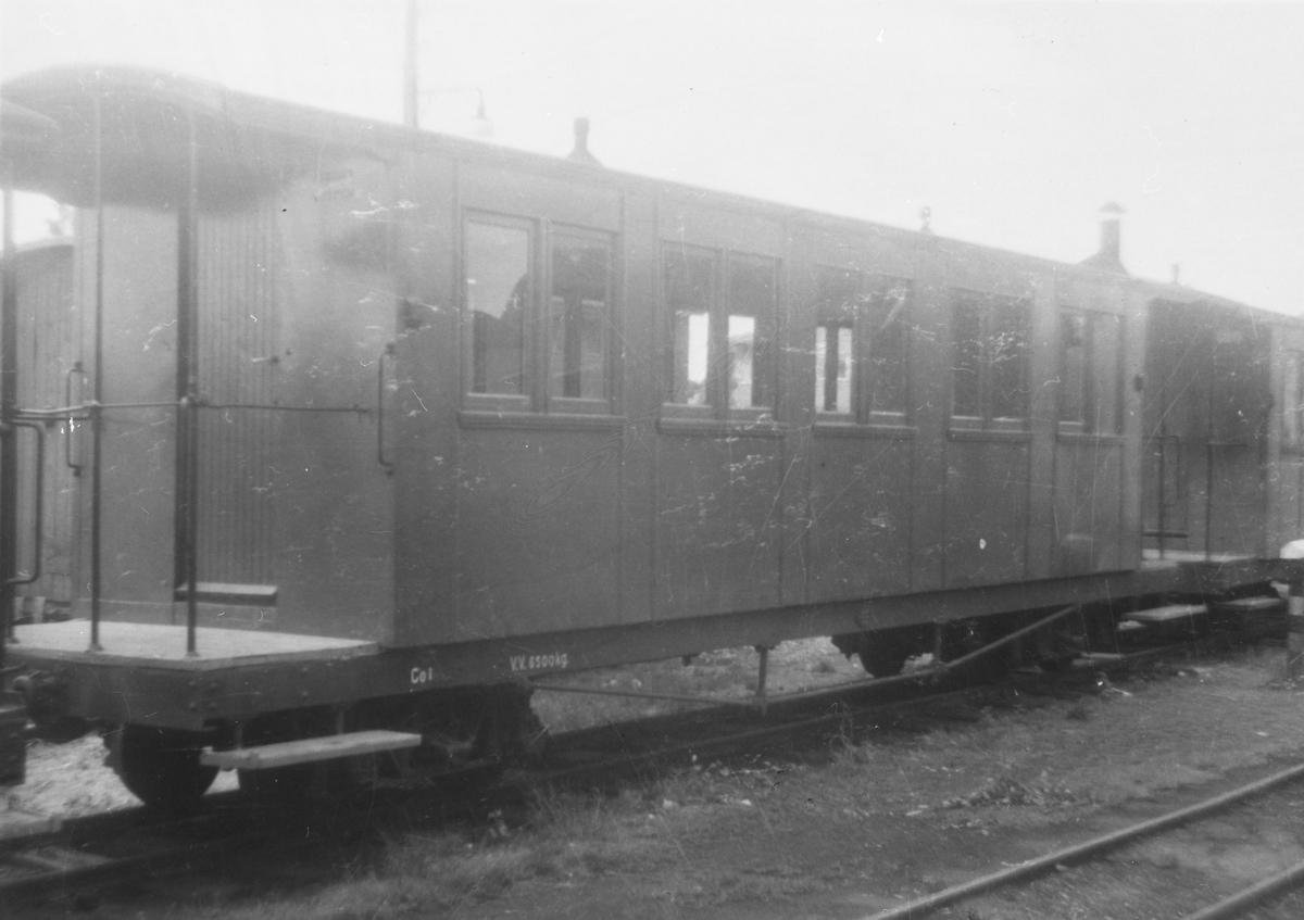 Vogn Co1 hensatt i spor 2 på Bjørkelangen stasjon