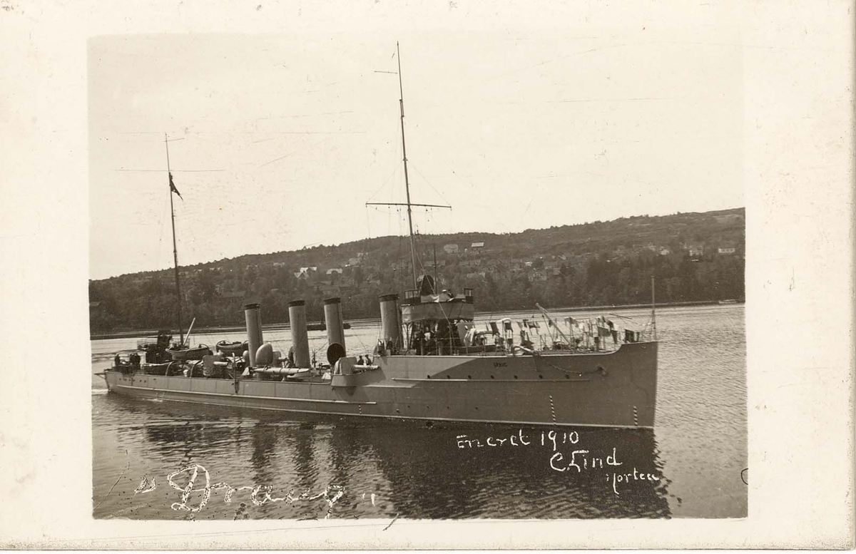 Motiv: Torpedojager DRAUG 1910 4/5 styrbord side